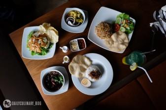 NyTjoan_Bandung_Restoran (13)