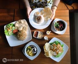 NyTjoan_Bandung_Restoran (15)